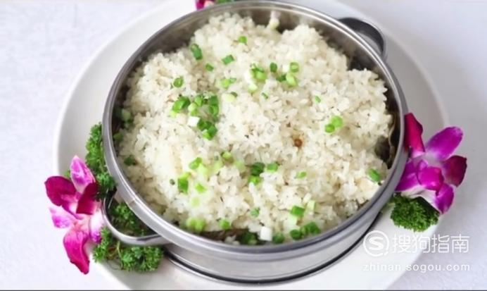 每日一食:清淡滋养软糯入味的『荷香糯米排骨』