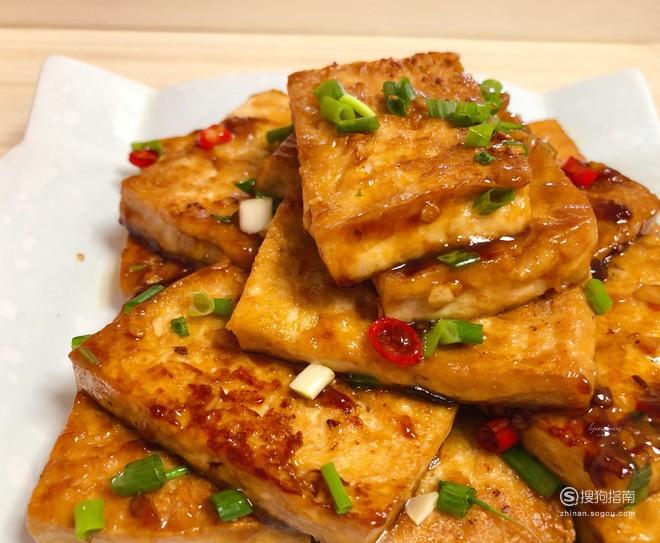 每日一食:无敌美味的『蒜香煎豆腐』