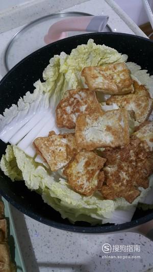 每日一食:简单好吃的『包菜豆腐煲』。